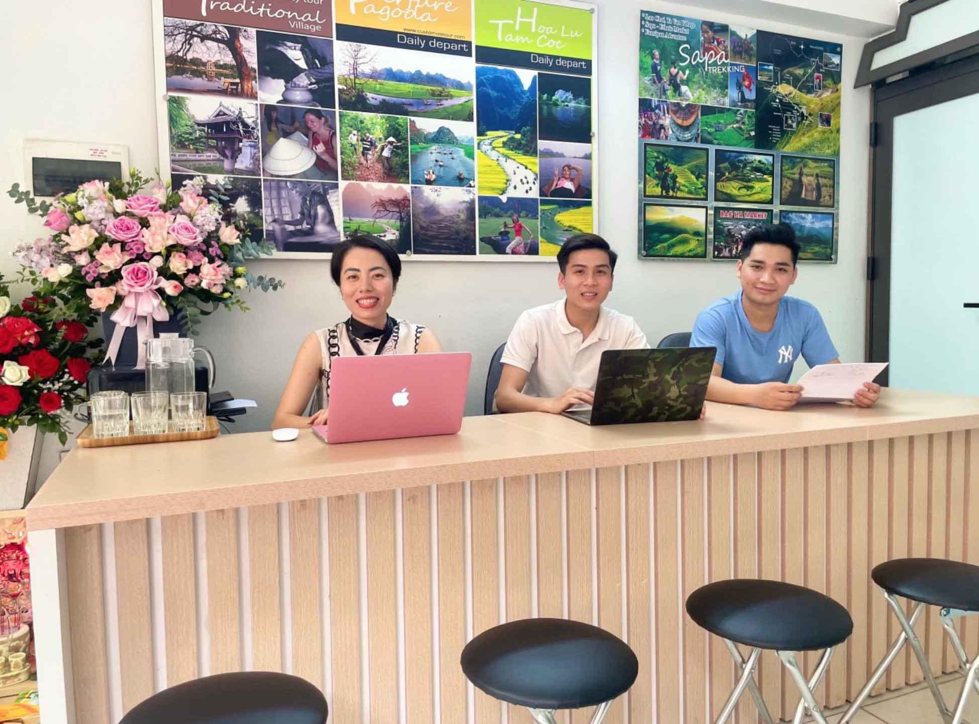 the-sinh-tourist-sinh-cafe-to-chuc-tour-du-lich