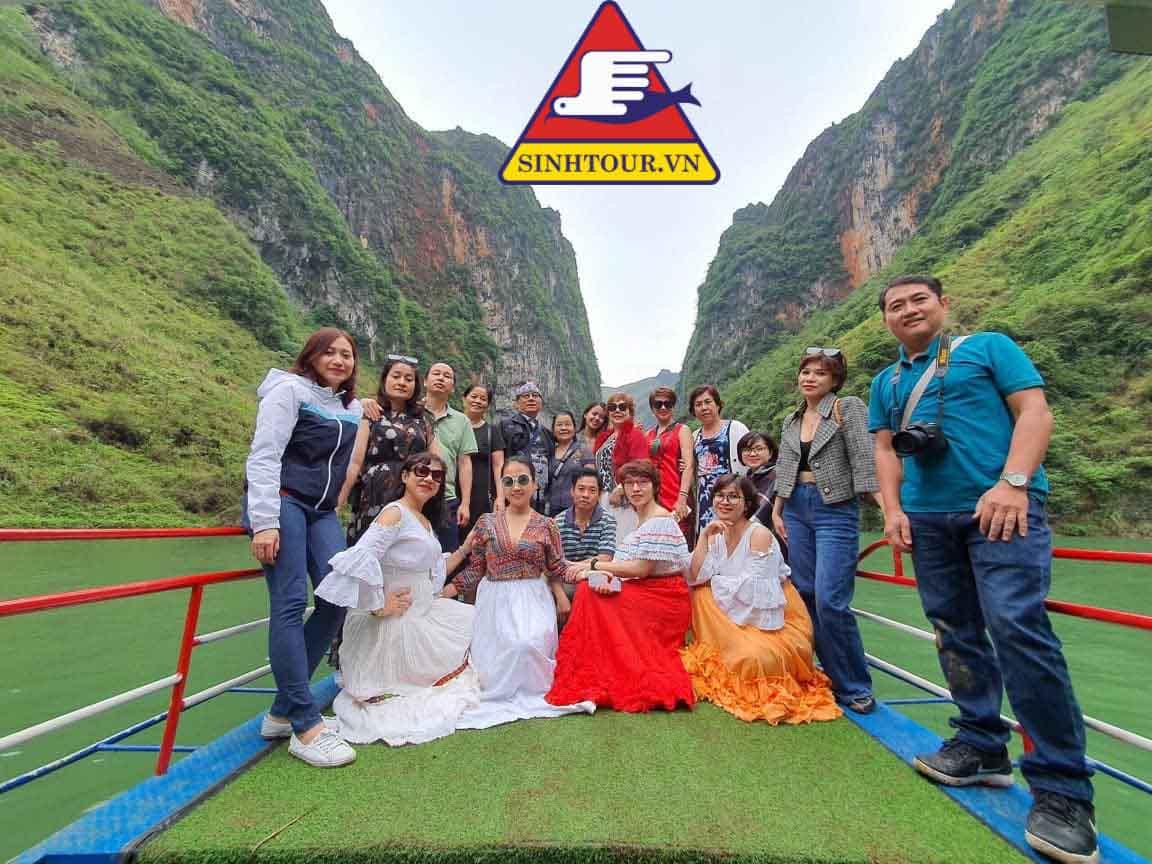 Du-lich-Ha-Giang-Sinhtour